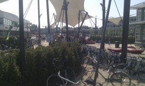 Het O&O-plein is vandaag schoolplein....