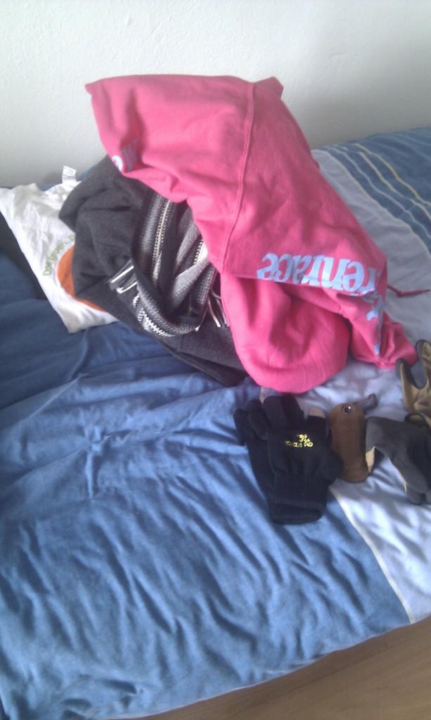 @knoopt mis ik nog iets? Longsleeves, winterjas, handschoenen sjaal,...